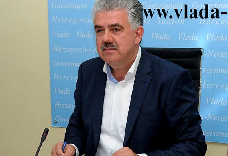 Photo of Herceg optimističan: Učenici u školske klupe, studenti na fakultete
