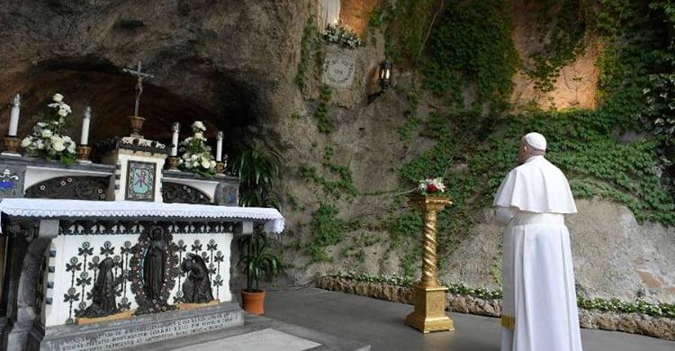 Photo of Da li je Vatikan ovim potezom i službeno smjestio Međugorje među marijanska svetišta i da li je ovo još jedan korak Međugorje bliže priznanju?