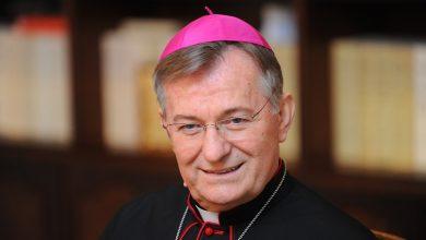 Photo of Pismo nadbiskupa Barišića svećenicima: Neka se ne okupljaju zborovi, molitvene zajednice neka prijeđu on-line