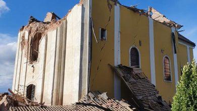 Photo of VIDEO Pogledajte kako je zbog opasnosti od urušavanja na cestu srušen toranj crkve u Odri Sisačkoj